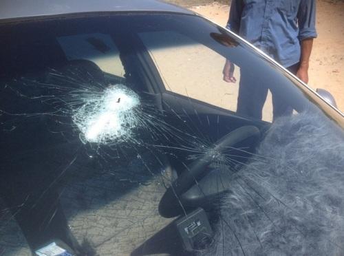 سيارة القس مينا عبود شاروبين بعد إطلاق النار عليه ومقتله