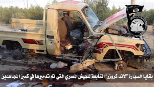 """صورة المركبة العسكرية التي تزعم """"أنصار بيت المقدس"""" تدميرها أثناء العملية العسكرية 7-9 سبتمبر 2013"""